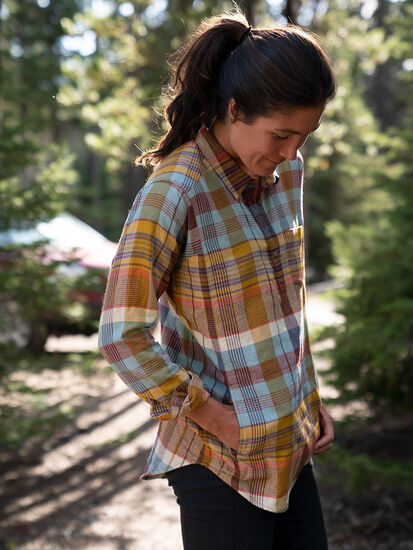 Plaiditude Droptail Long Sleeve Shirt