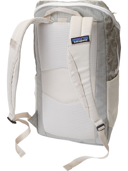 The Indestructible Woman's Backpack - 23L: Image 2