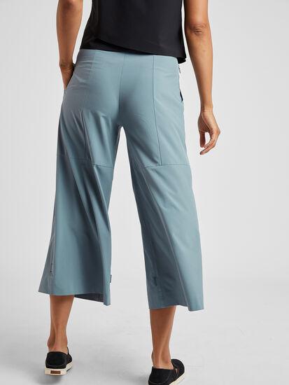 Round Trip Wide Leg Pants: Model Image