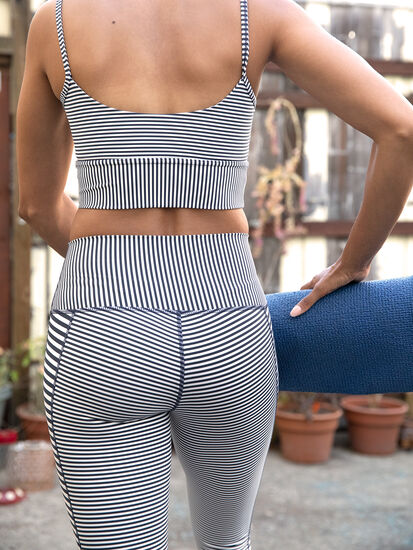DIY Crop Leggings: Image 3