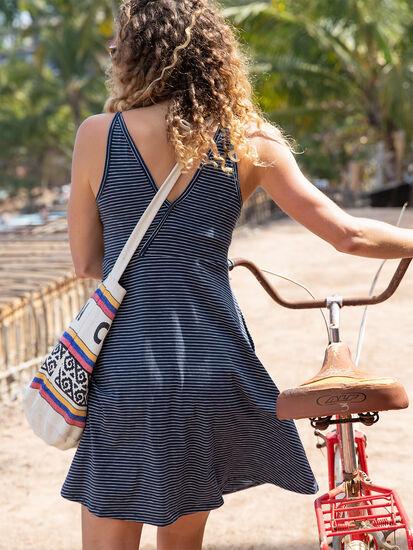 Svelte Samba Dress: Model Image