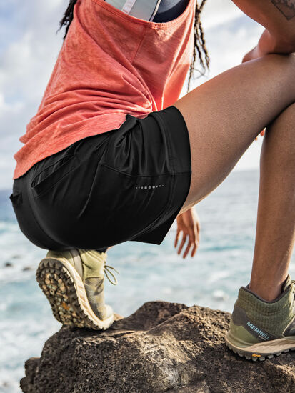 Zephyr Ultralight Explorer Shorts: Model Image