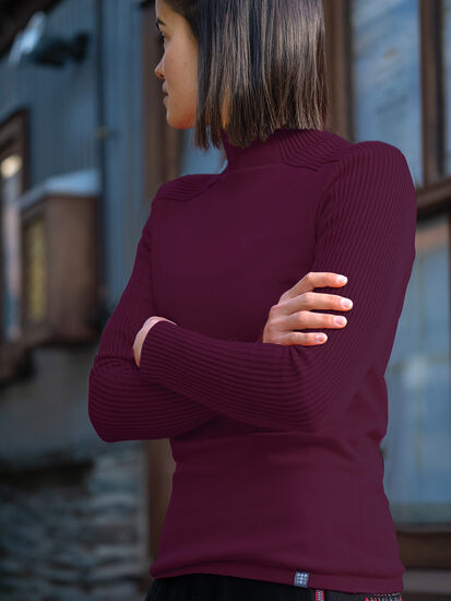 Davis Sweater: Model Image