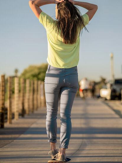 Miraculous 2.0 Skinny Pants: Model Image
