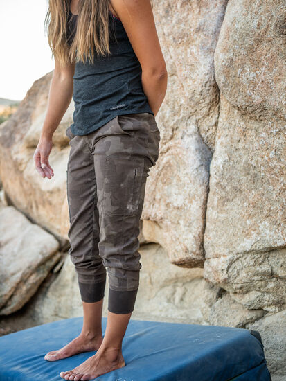 Egress Joggers: Model Image