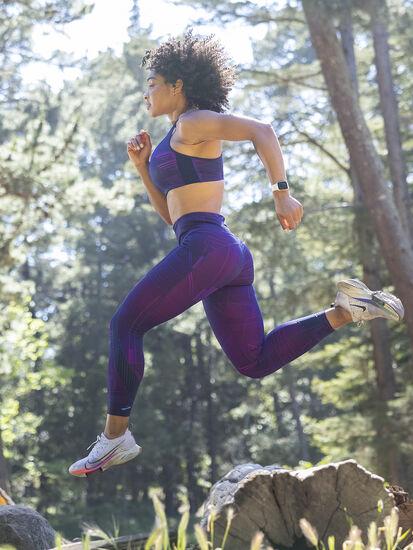 Goldilocked Convertible Sports Bra: Image 5