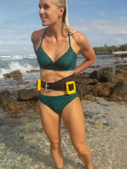 Lehua Bikini Bottom - Linear Leaf: Model Image