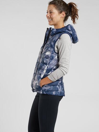 Microwave Puffer Vest - Print: Model Image