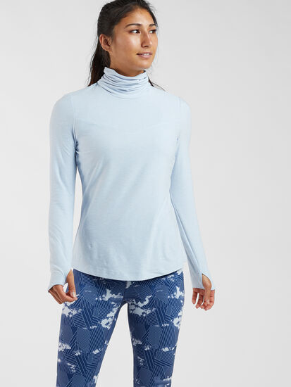 Command Turtleneck - solid: Model Image